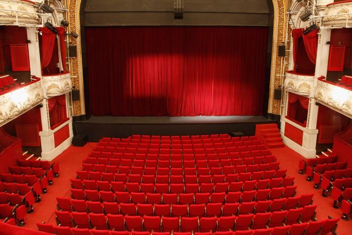 Theatre De Paris Les Dates Retour Des