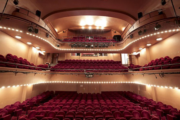 salle theatre a paris