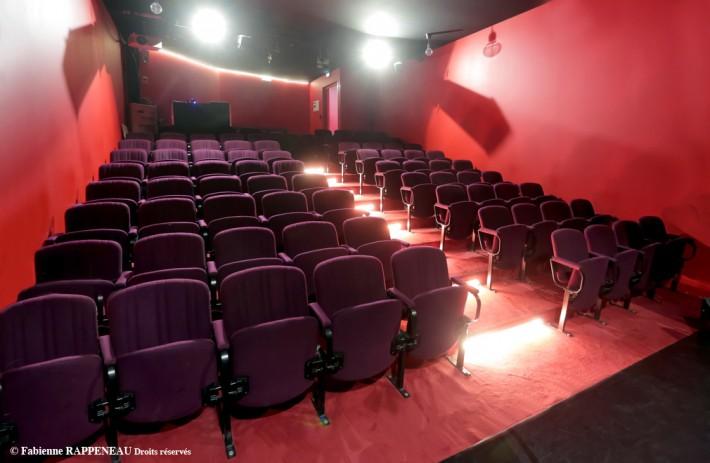 salle theatre la boussole